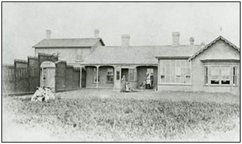 Old Government House circa 1887 (Photo credit: SAB R-B4620)